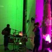 Performance B[e]Ware – Singer vs. Abhörapparat